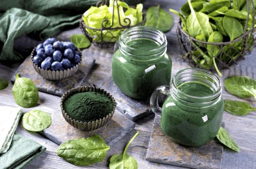 chlorella faydası nedir yaşlanmayı geciktiren yiyecekler