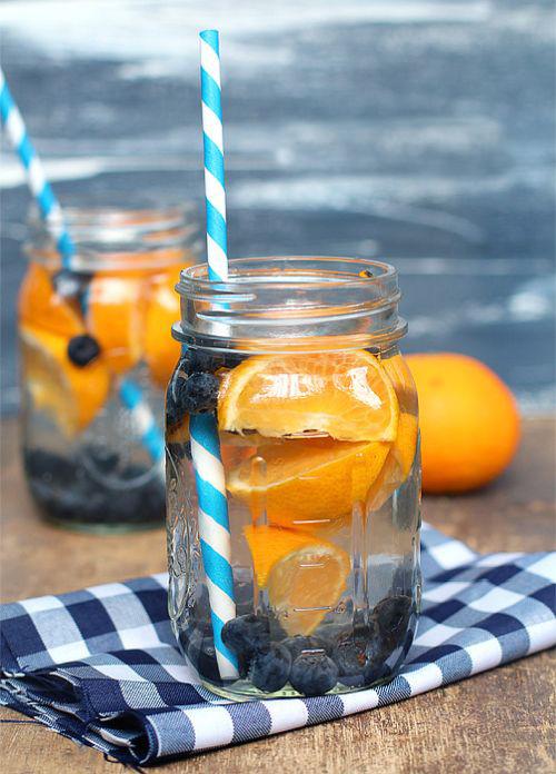 portakallı zayıflamak için detox suyu tarifi
