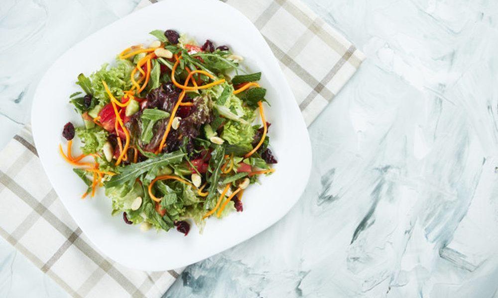 Diyet salata nasıl yapılır kilo verdiren salata tarifi